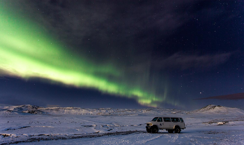 北极光探索者 - 超级吉普团