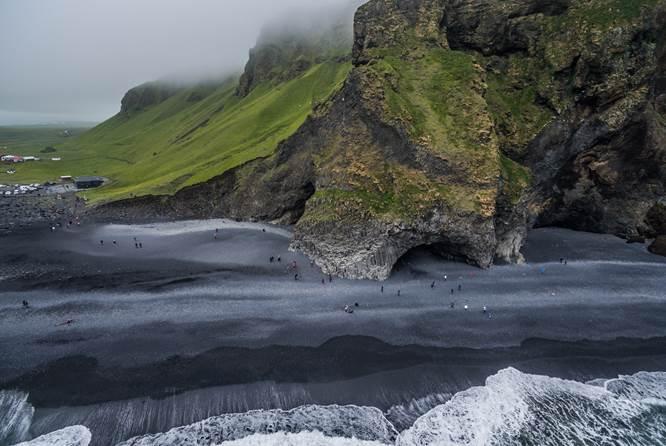 冰岛南岸,杰古沙龙冰湖,黑沙滩