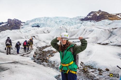冰川徒步装备指南